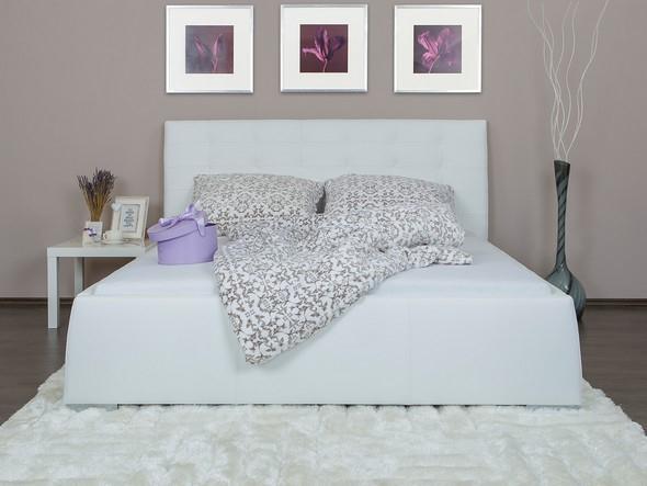 Moderní čalouněná postel Rafael