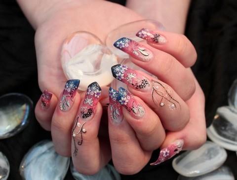 Zdobené nehty