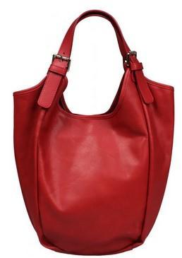Atraktivní třešňová varianta kožené kabelky