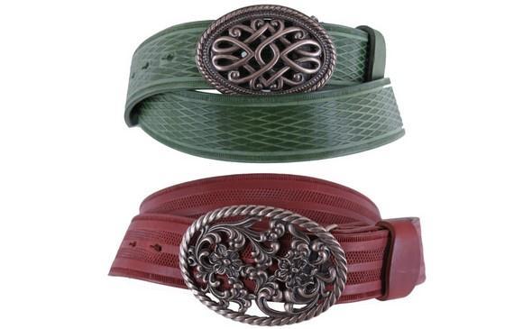 Netradiční přesky v kombinaci s červeným či zeleným páskem