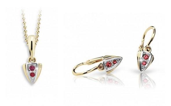 Krásná sada zlatých šperků