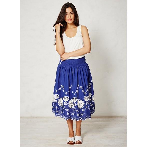 modra kvetovana sukne