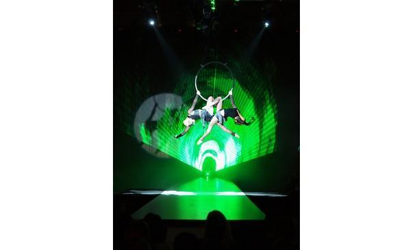akrobaticko-taneční duo Vertigo