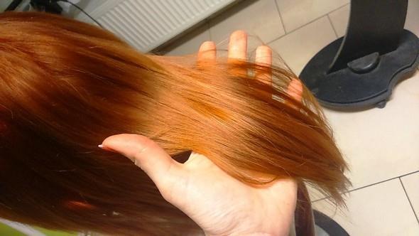 Krásné a lesklé vlasy