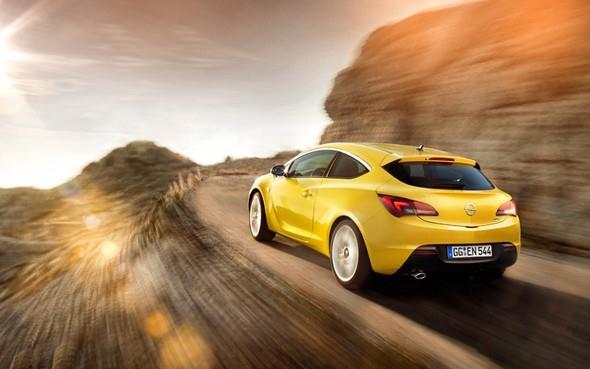 Atraktivní vzhled a skvělé jízdní vlastnosti to je nový Opel Astra